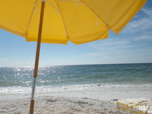 minimoon-beach2